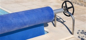 The Benefits of Automatic Pool Covers