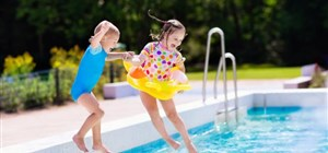 Swimming Pool Closing in Minnesota: When's the Best Time to Do It?