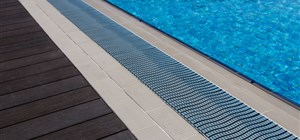 How to Choose a Pool Liner for Your Pool